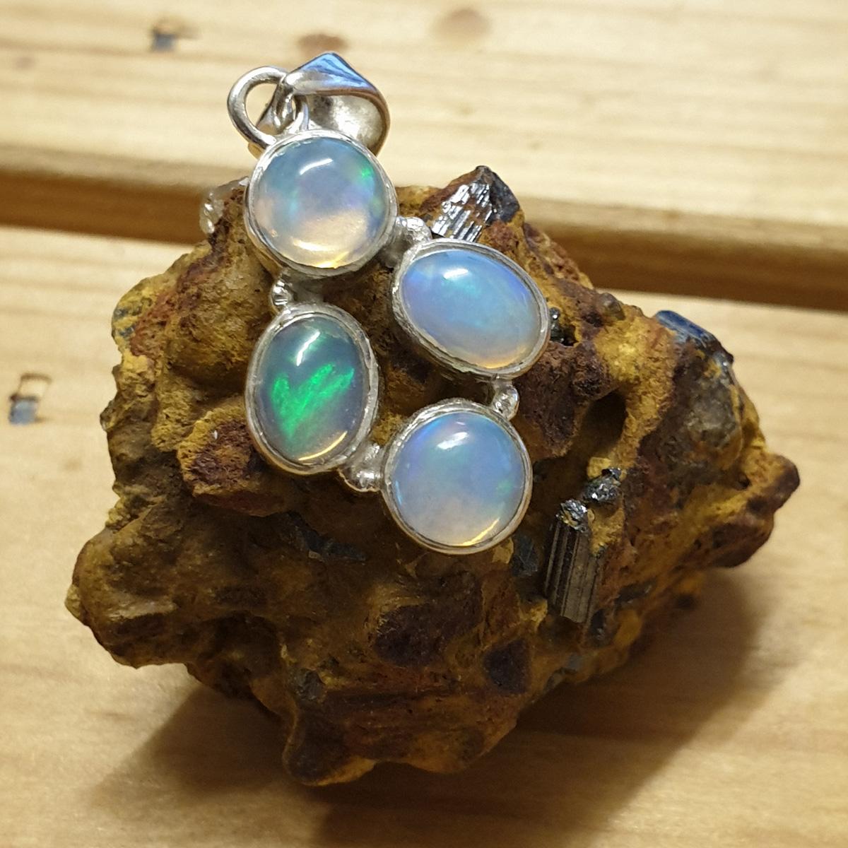 Ethiopian-Opal-Pendant-72-7